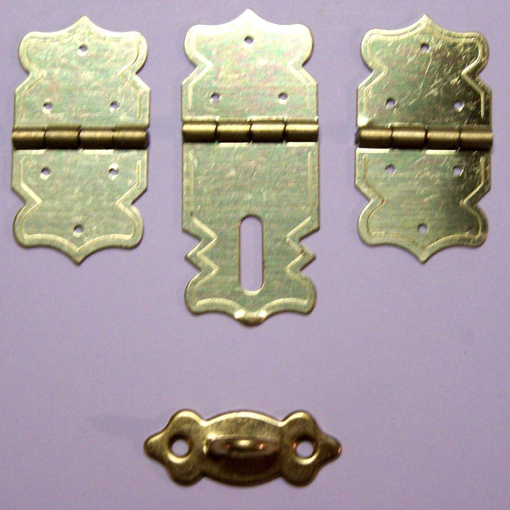 Artikel Nr-H02B27N-4__set-mini-eisen-beschlag-scharnier-verschluss-goldgelb-moebelbeschlag