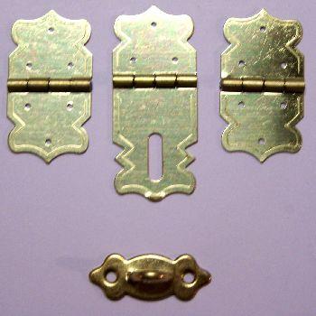 Artikel Nr-H02B27N-0__set-mini-eisen-beschlag-scharnier-verschluss-goldgelb-moebelbeschlag