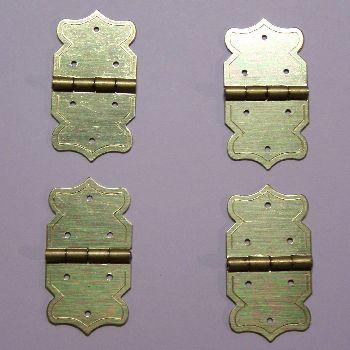 Artikel Nr-H02B28N-0__mini-eisen-beschlag-scharnier-set-in-goldgelb-moebelbeschlag