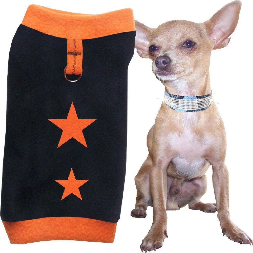 Artikel Nr-H71T90B-0__flauschiger-m-pullover-fuer-kleine-hunde-in-der-farbe-orange-black-mit-sternen-aus-qualitaets-fleecestoff-mit-leinenring.